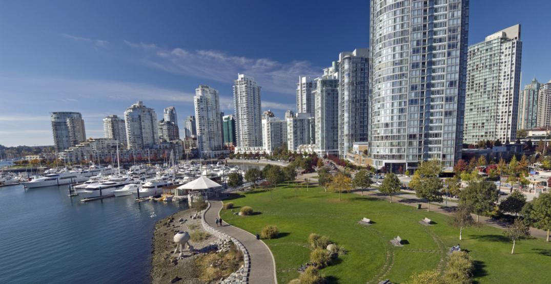 Vancouver skyline36