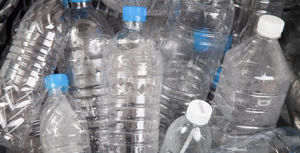 Montreal to ban single-use plastic water bottles from all municipal buildings