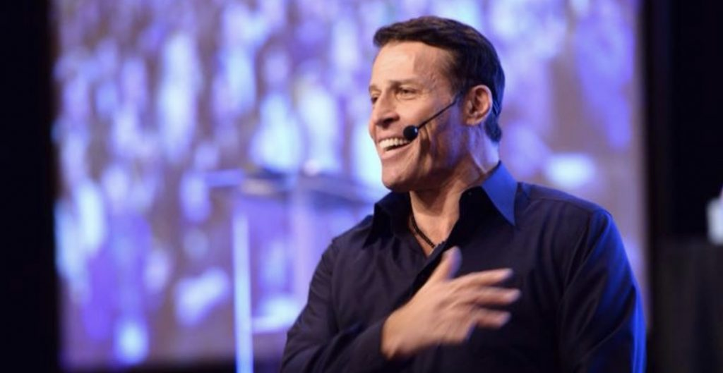 Tony Robbins august