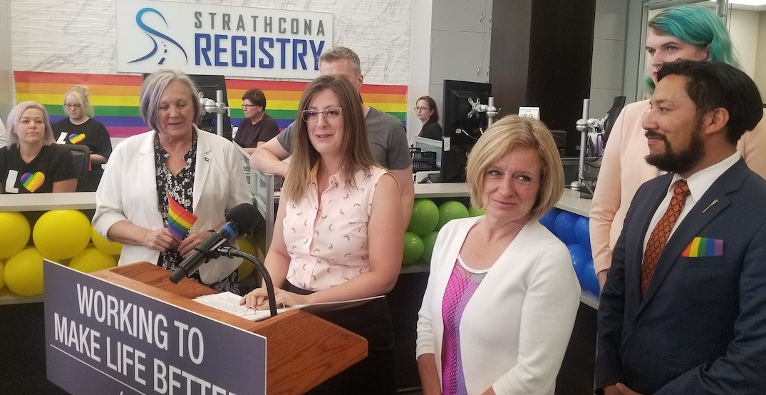 Alberta now offering gender-inclusive 'X' option on driver's licences