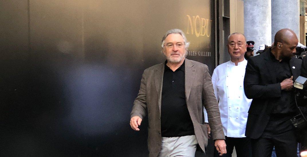 Robert De Niro visits Toronto, apologizes for Trump's 'disgusting' behaviour (VIDEO)