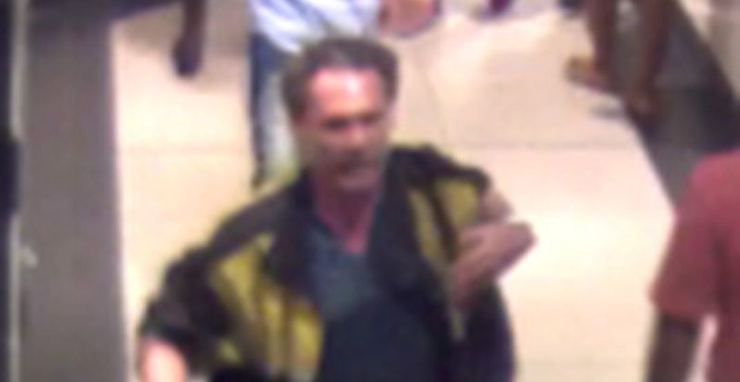 Man arrested after assaulting pregnant woman at Eaton Centre
