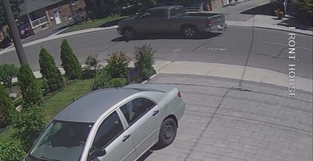 Police release footage of truck involved in fatal hit and run in Toronto (VIDEO)