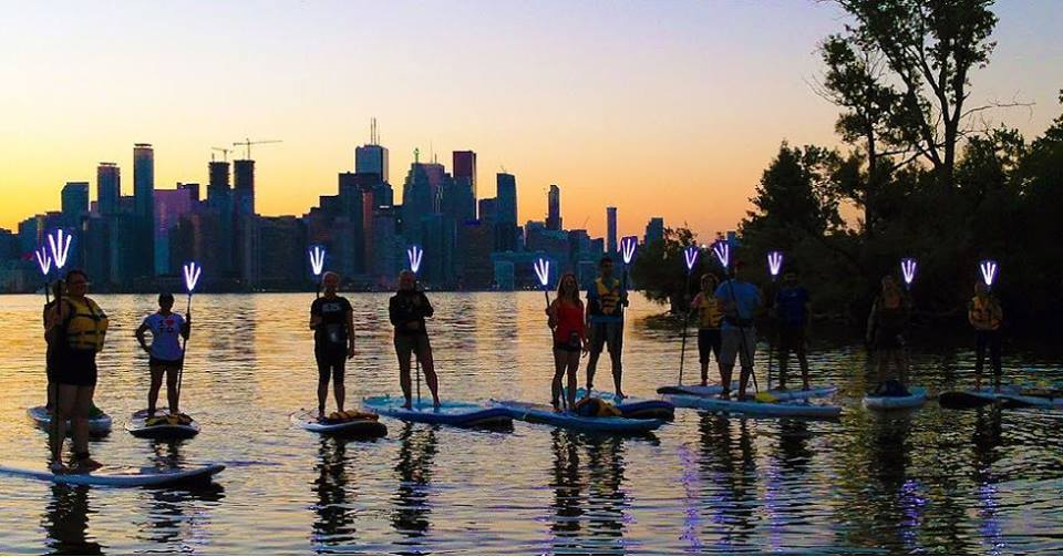 You can go paddle boarding at night in Toronto this summer (PHOTOS)