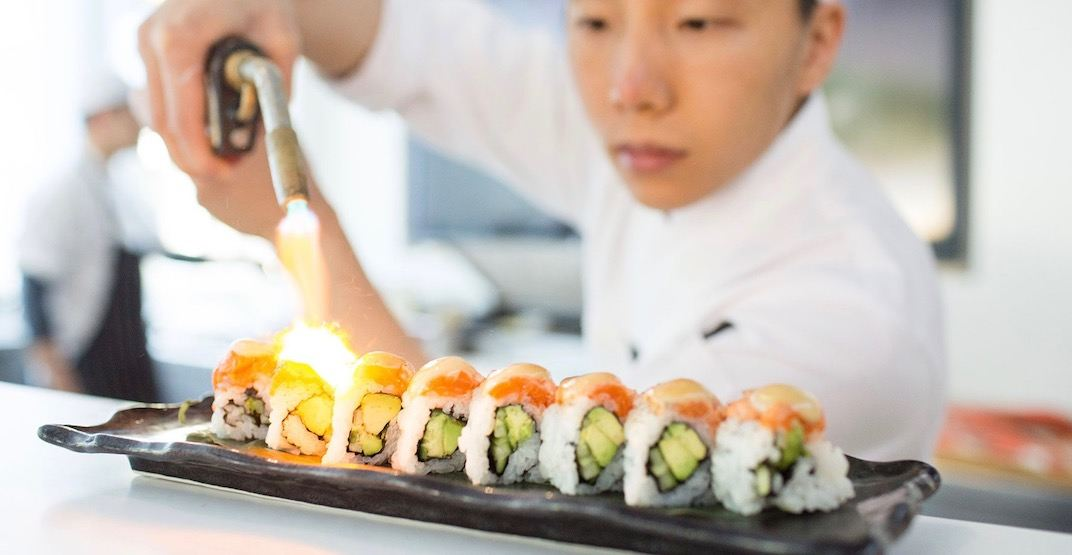 The lobby lounge seared sushi
