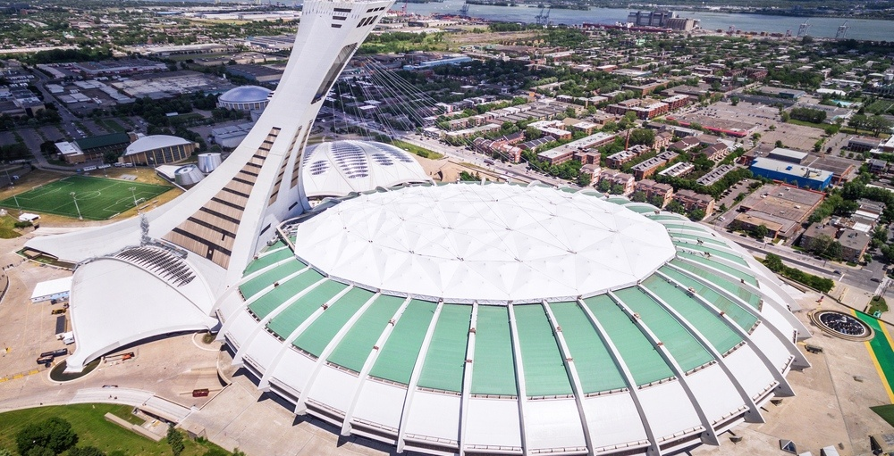 Montrealers have strong reaction to Olympic Stadium roof renovations