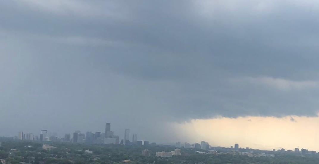 A brief yet powerful rainstorm hit Toronto Monday afternoon (VIDEOS)