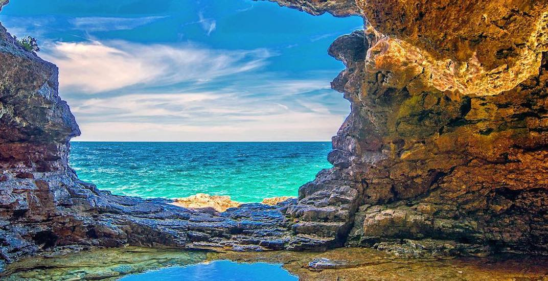 This unbelievable natural grotto is just 4 hours from Toronto (PHOTOS)