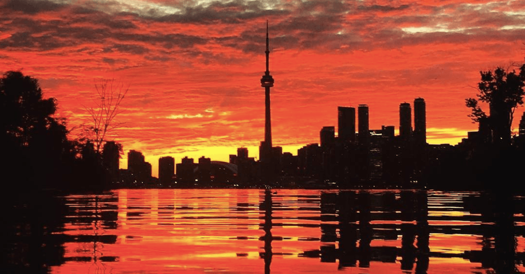 Environment Canada's heat warning remains in effect for Toronto today