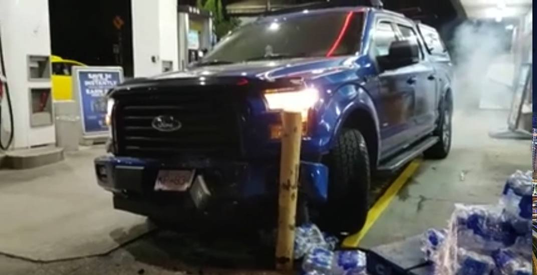 Richmond driver flees scene after bizarre crash at Vancouver gas station (VIDEO)
