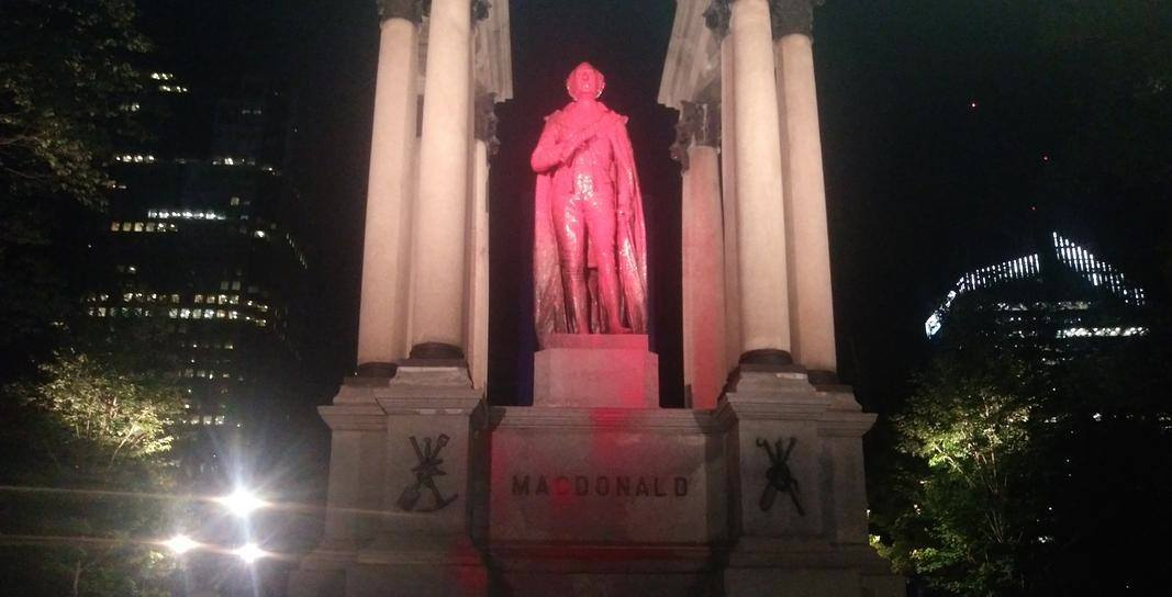 Montreal's John A. Macdonald statue vandalized again by anti-colonial activists (VIDEO)