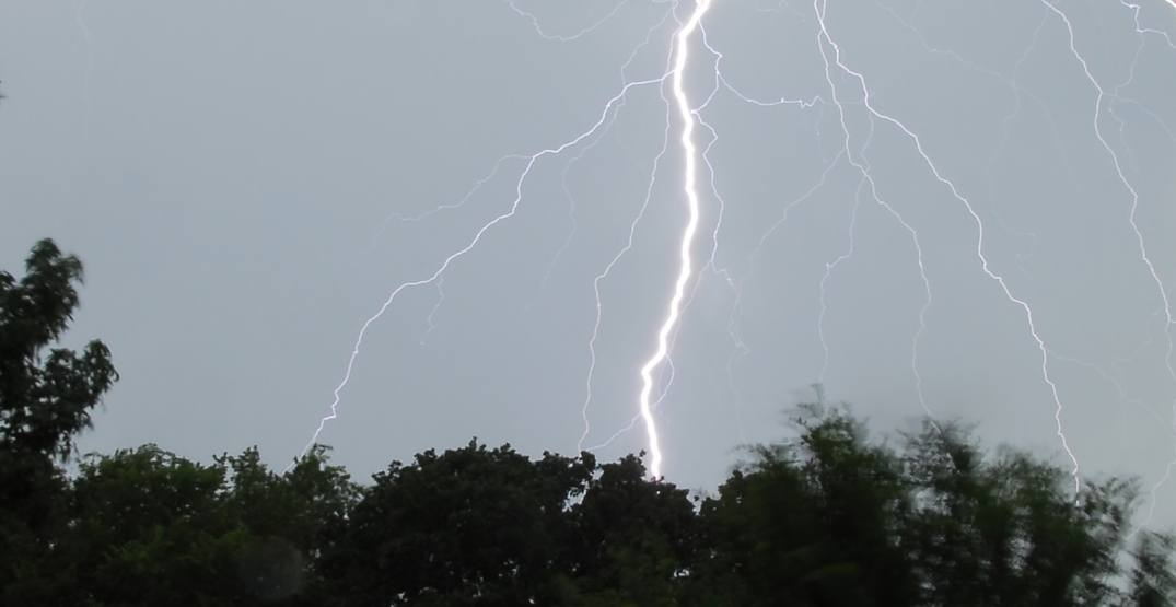 Canadian man captures moment he was almost struck by lightning (VIDEO)