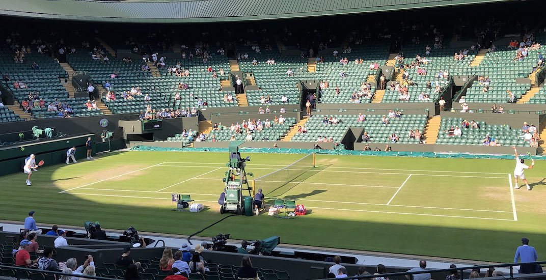 Nobody in England cared about the Wimbledon match today (PHOTOS)