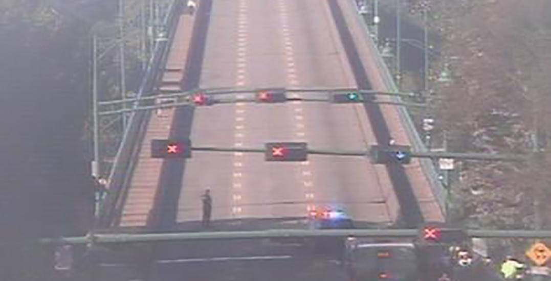 The Lions Gate Bridge closed due to a police incident