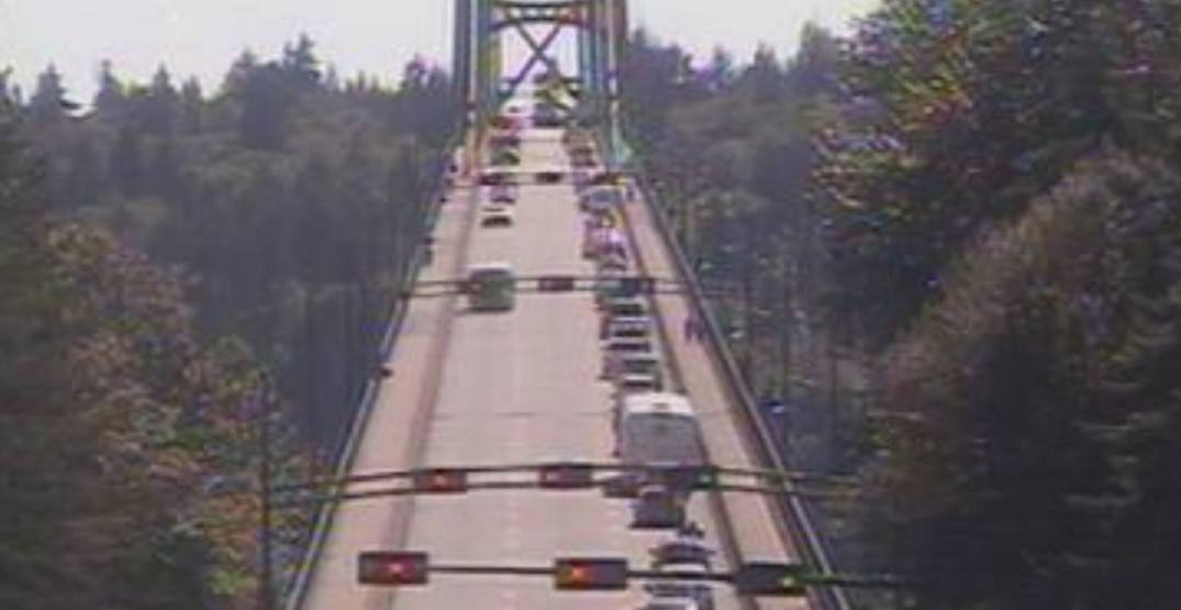 Lions Gate Bridge reduced to single-lane traffic due to police incident