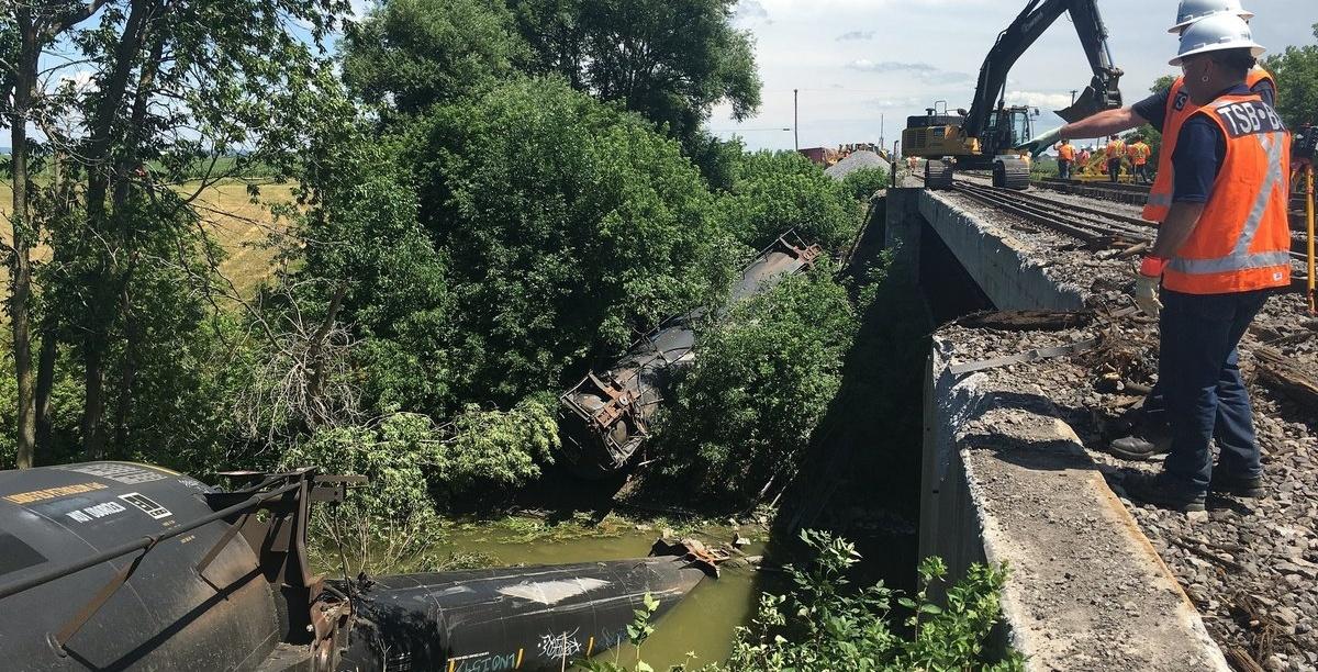 A Canadian Pacific freight train derailed near the Quebec-Ottawa border