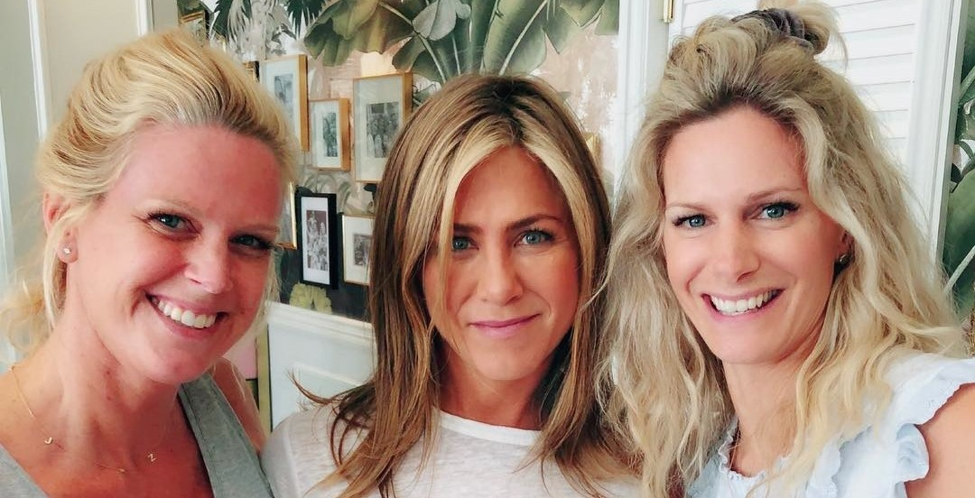 Jennifer Aniston spotted (again) visiting Montreal's famous Mandy's Salad Bar