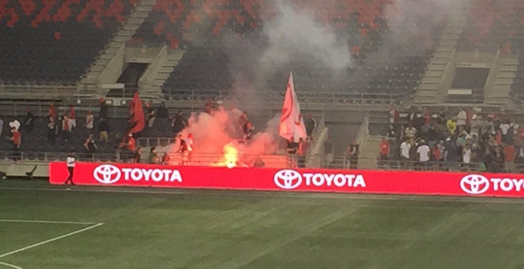 Toronto FC soccer fans light stadium on fire in Ottawa (VIDEOS)