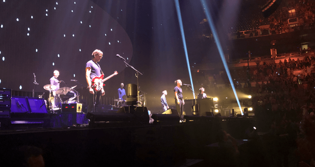 Radiohead held a moment of silence in response to fatal stage collapse in Toronto (VIDEO)
