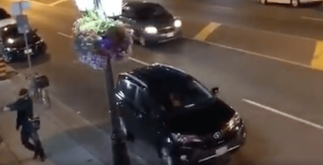Video appears to capture shooter opening fire on Danforth Avenue