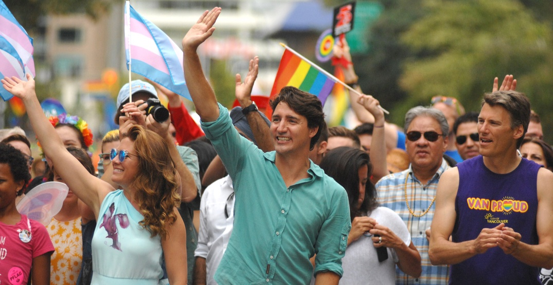 Justin trudeau vancouver pride parade 2016