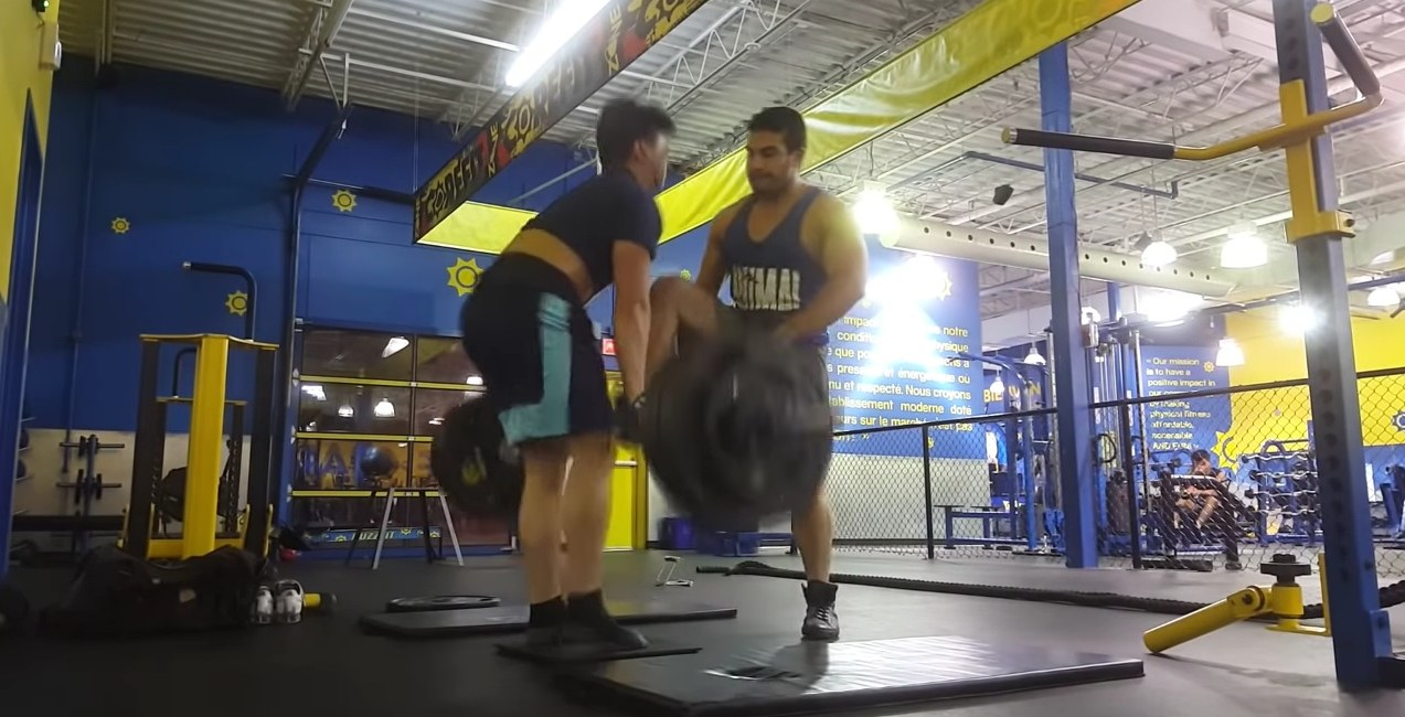 Montreal weightlifter attacked by another gym member (VIDEO)