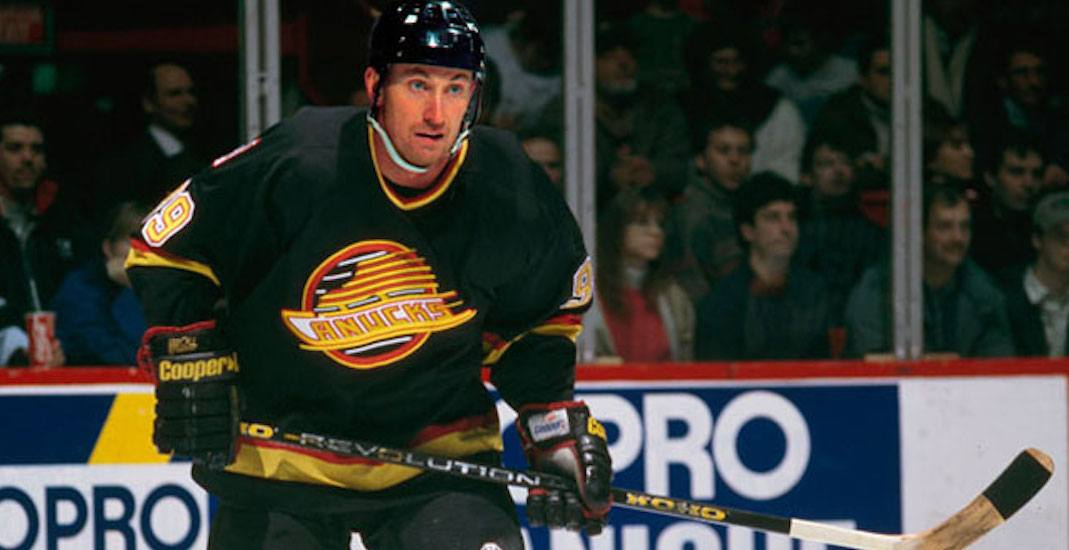 Former owner confirms Canucks almost traded for Wayne Gretzky in 1988