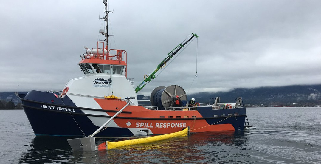 Capsized tugboat in Fraser River could contain up to 20,000L of fuel