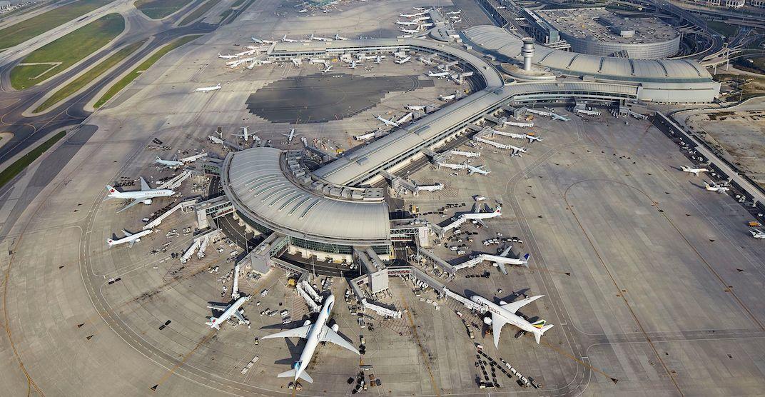 sân bay Pearson ở Toronto