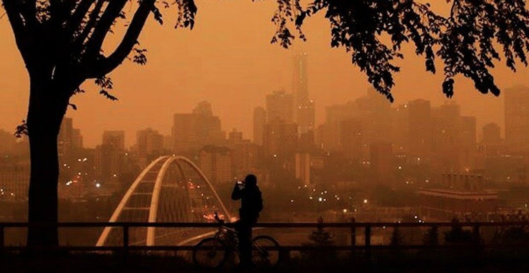 Wildfire smoke has Edmonton looking like an apocalyptic ghost town (PHOTOS)