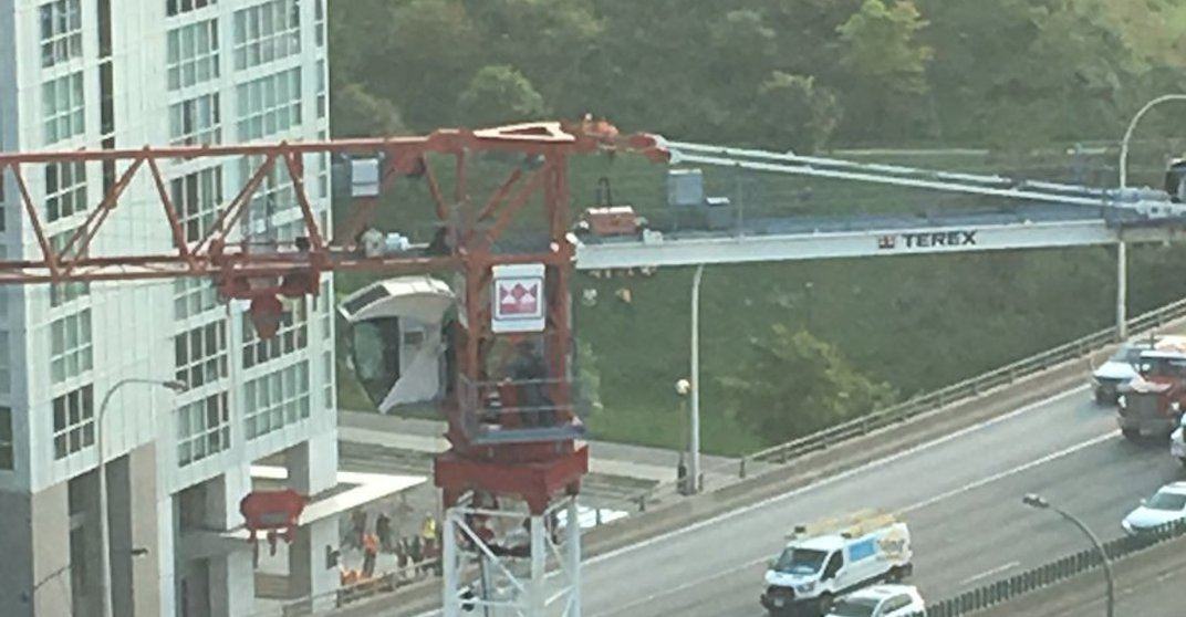 Woman rescued from downtown Toronto construction crane arrested