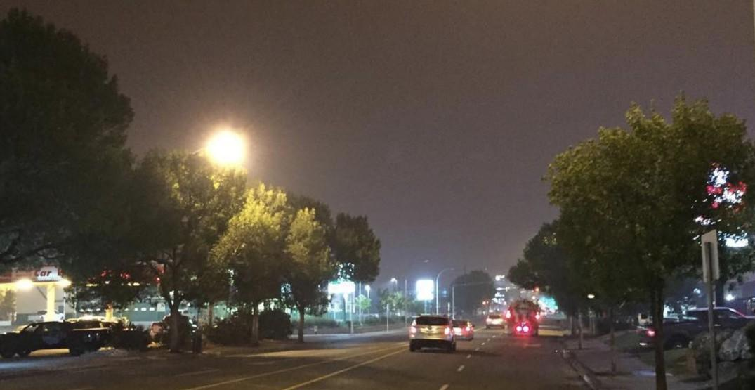 The wildfire smoke made this BC town look completely dark this morning (PHOTOS)