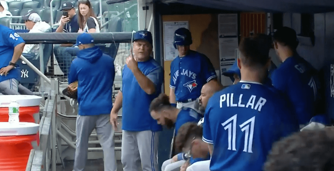Blue Jays manager Gibbons reams out Pillar after boneheaded play