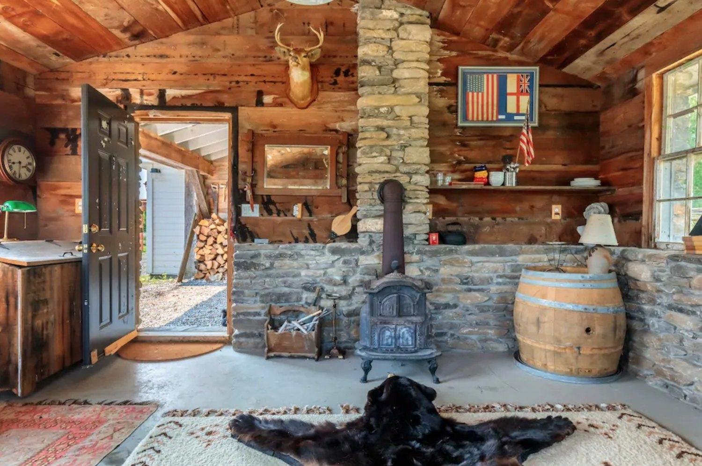 Airbnb Grant van Gameren PEC prince edward county