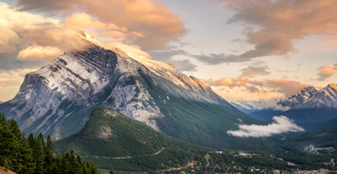 Calgary woman dies from fall while hiking the East End of Mount Rundle