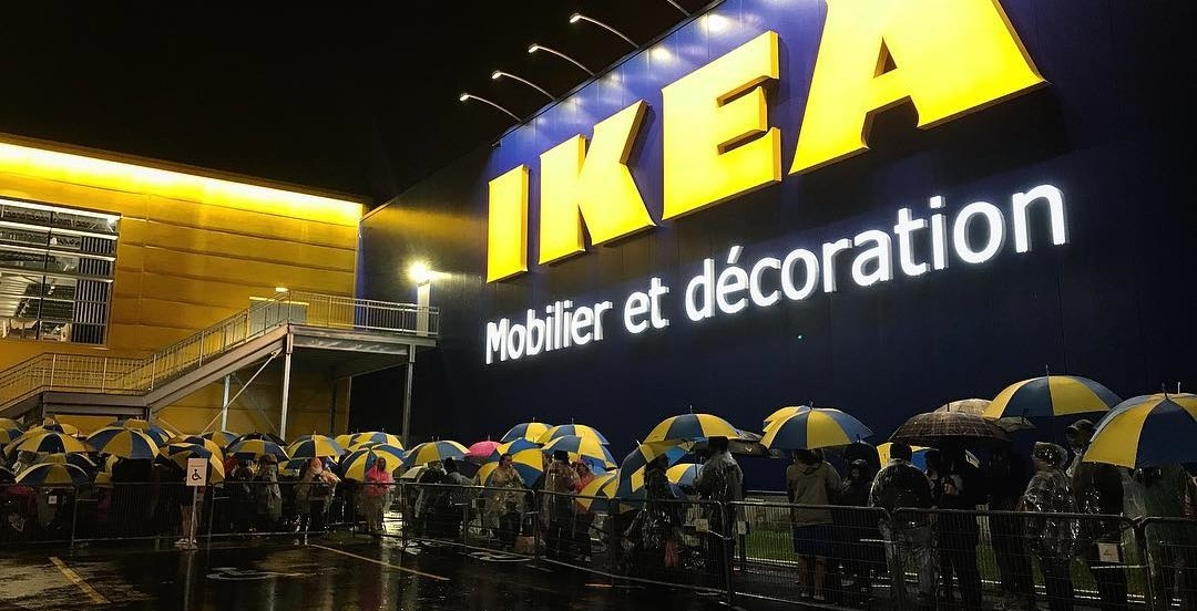 More than 1000 people waited in rain for Quebec City's IKEA grand opening (VIDEO)