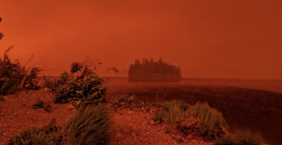 The raging wildfires in this BC town have it looking like Mars (VIDEO)