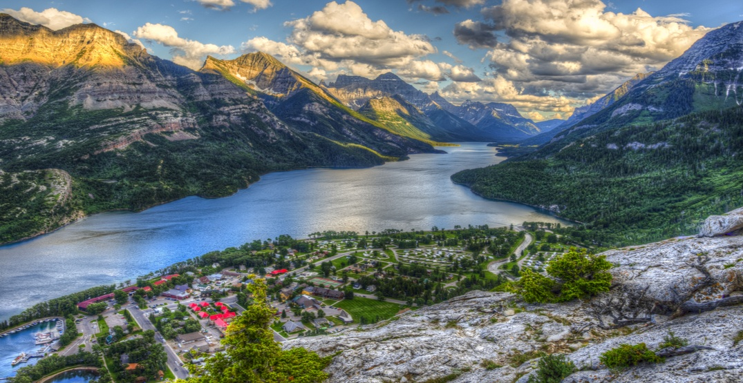 Evacuation alert for Waterton Lakes National Park has been lifted