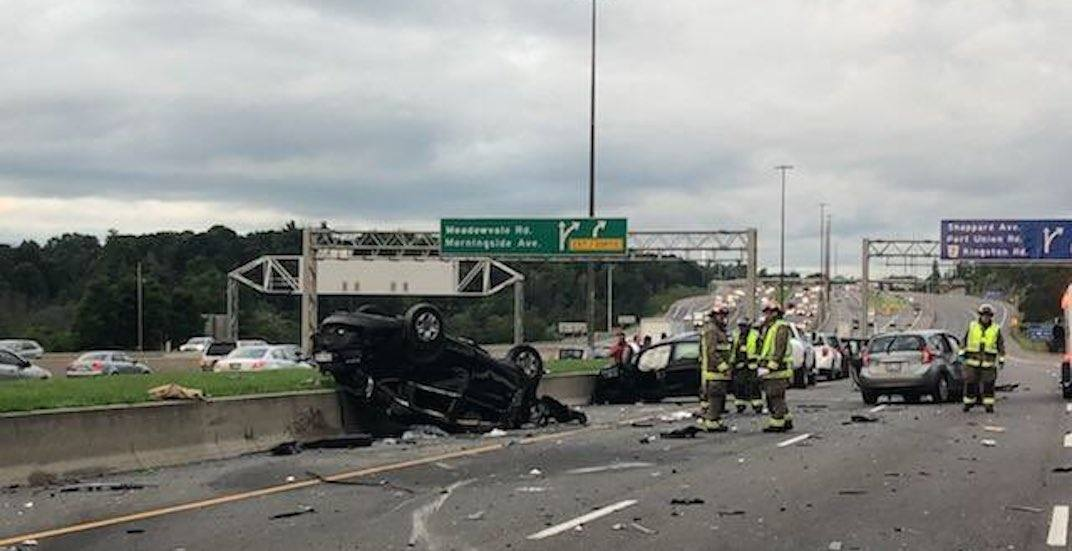 2 people sent to hospital following multi-vehicle crash on Highway 401