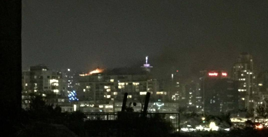 Late night fire leaves Vancouver smelling like smoke