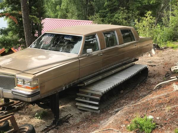 you can buy a snow cat limo for just 6 000 on craigslist daily hive vancouver. Black Bedroom Furniture Sets. Home Design Ideas