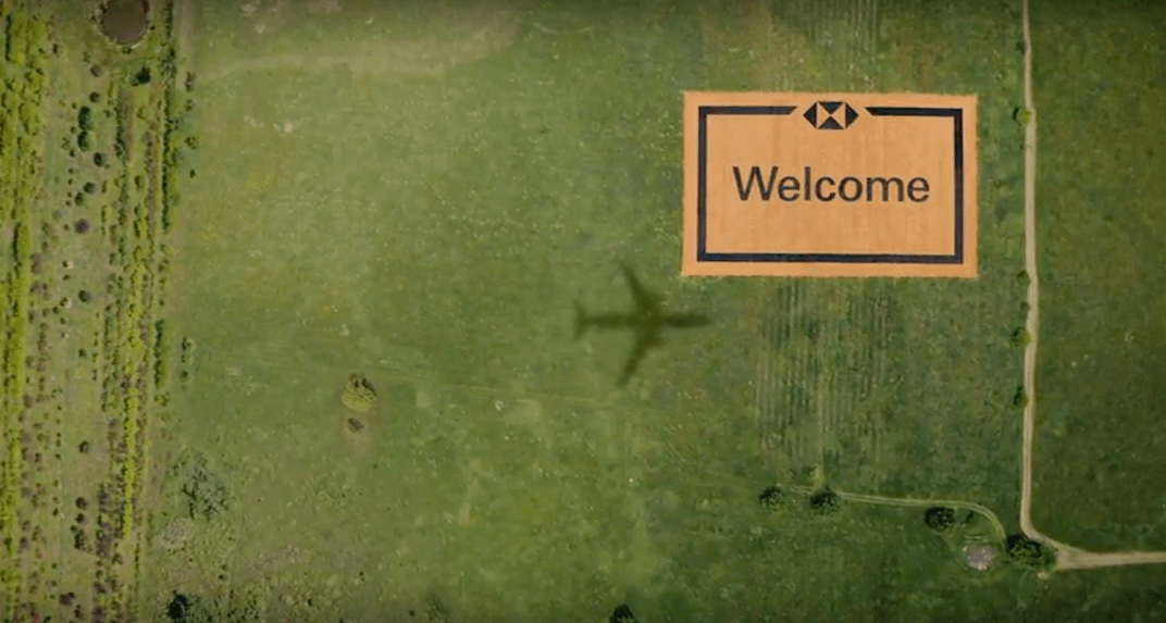 Toronto is now home to the world's largest welcome mat (VIDEO)