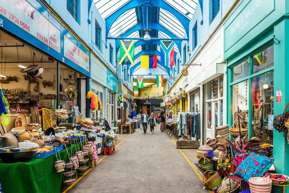 Brixton Market (ElenaChaykinaPhotography / Shutterstock.com)