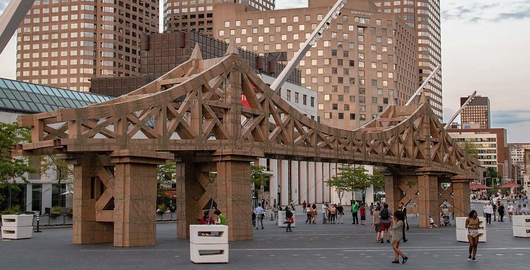 Watch a huge cardboard replica of the Jacques Cartier Bridge get demolished (VIDEO)