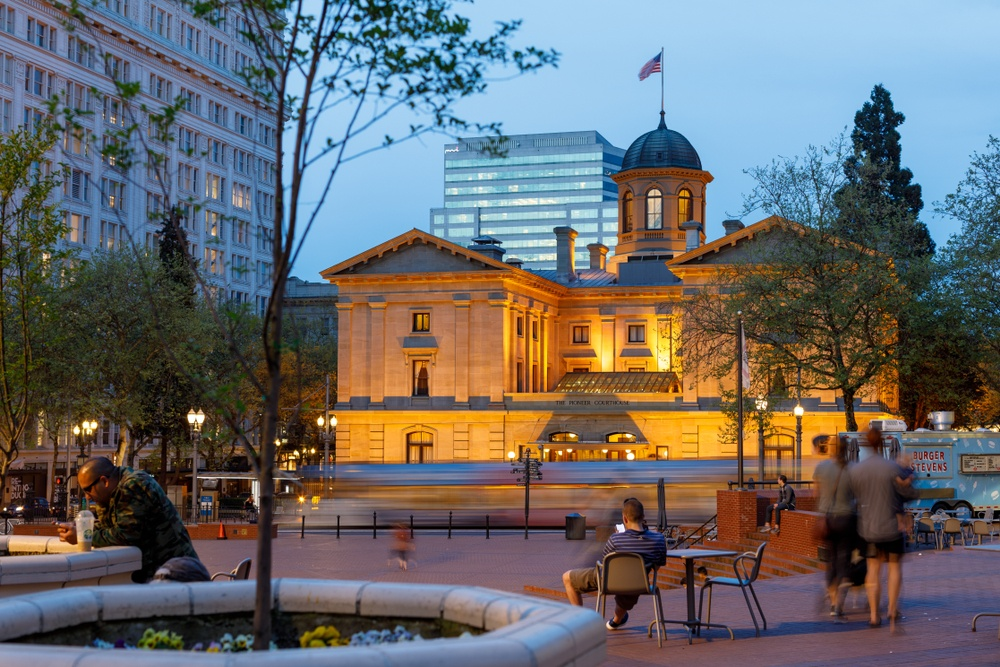 Pioneer Courthouse Square. (ARTYOORAN / Shutterstock.com)