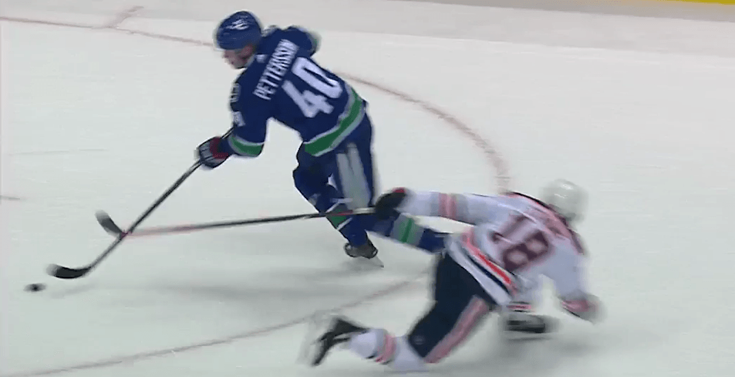 c00ccfdb746 Elias Pettersson had fans oohing and aahing in Canucks debut (VIDEOS ...