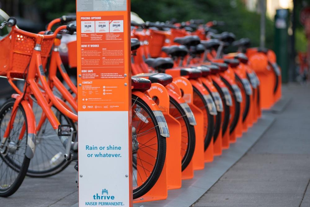 BikeTown bike share in Portland (Alexander Oganezov / Shutterstock.com)