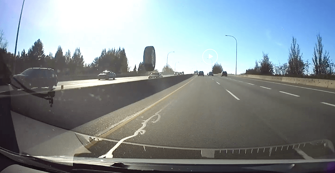 Driver narrowly avoids flying tire on Richmond highway (VIDEO)