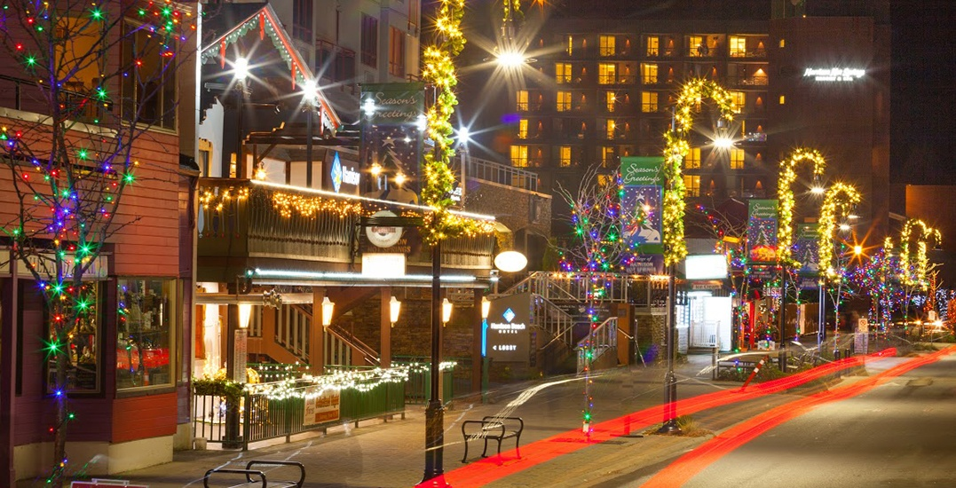 wintery christmas at harrison hot sprin gs bc c2a9 graham osborne 3 mf - Country Springs Christmas Lights