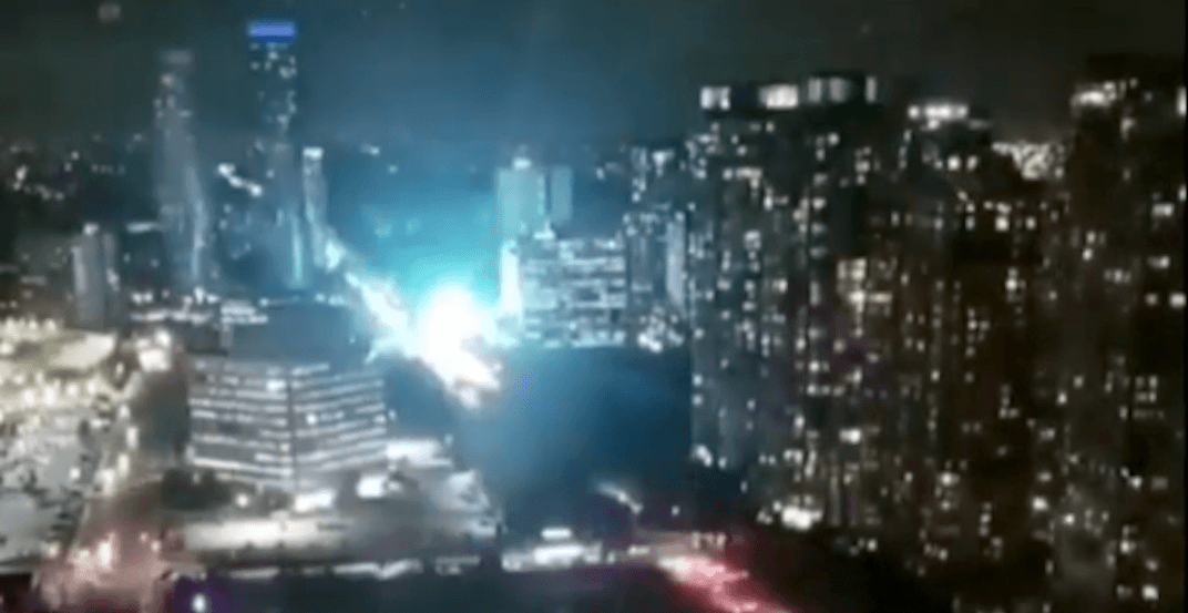 Massive explosion in Mississauga caused power outage last night (VIDEOS)